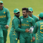 Pakistan's Mohammad Amir celebrates the wicket of Sri Lanka's Angelo Mathews with teammates